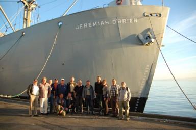 Vor der Einschiffung auf die SS Jeremiah O'Brien, einem Liberty-Ship von 1943 für die Fleet Parade