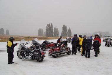 Kurzes Schneeintermezzo auf 3300 Metern
