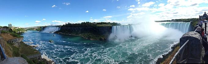 Immer wieder ein Besuch wert, die faszinierenden Niagara-Fälle.