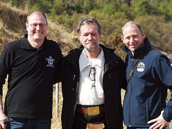 Ihre Betreuer, die Whisky-Guides Martin und Thomas Hermann sowie Johannes der lokale Reiseleiter
